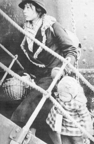Wilhelm Gustloff Mutter mit Kindchen